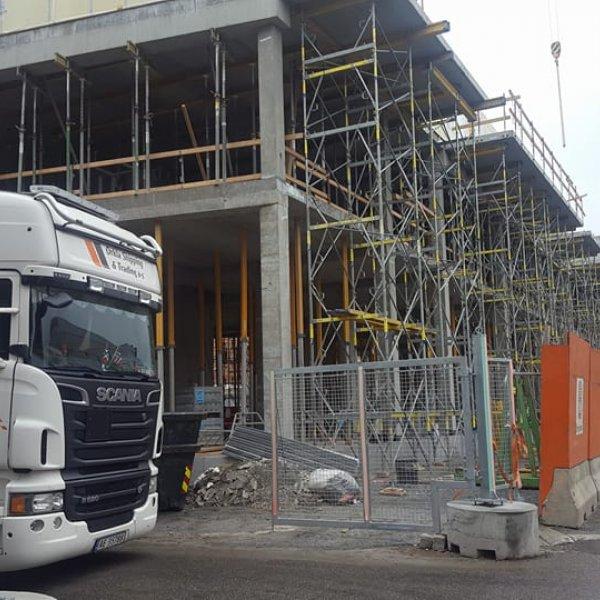 levering av betongelementer til byggplass